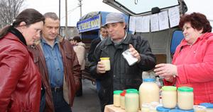 Пеновцам пришелся по вкусу домашний мёд с хутора Кашуево Кувшиновского района