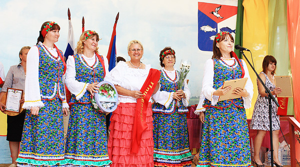 коллектив «Рябинушка», победитель в  номинации «Призвание»