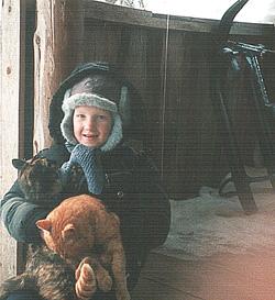 Дима Елкин и его друзья кот Рыжик и кошка Машка: А сейчас идем кататься с горки, с.Ворошилово